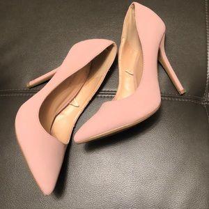 Classic pink pump. 4 inch heel.